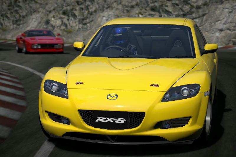 マツダRX-8の黄